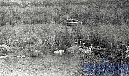 Так выглядел Труханов остров во время наводнения 1970-го в Киеве