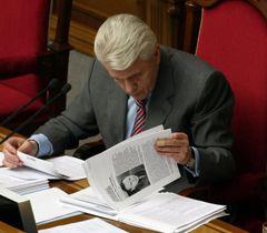 Владимир Литвин в зале заседаний ВР. Киев, 13 мая