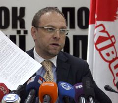 Serhiy Vlasenko at the news conference in Kyiv. March 13