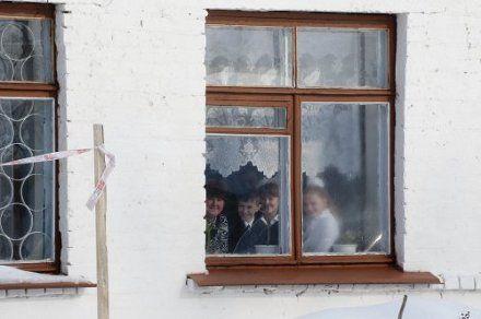 школа діти дети вікно