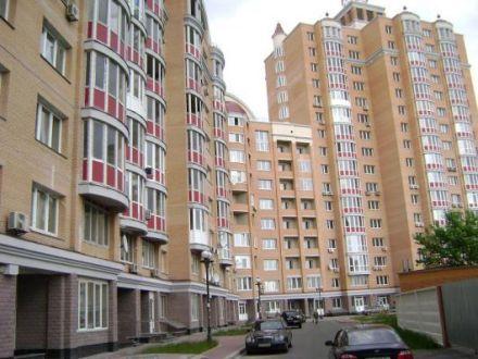 Цены на квартиры растут по сегментам и снижаются
