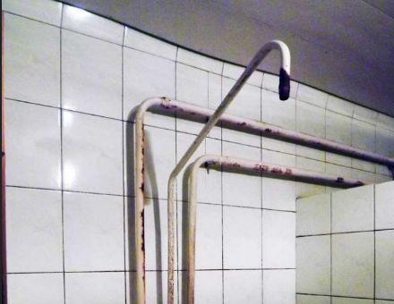 Прихована камера в гуртожитку фото 358-770