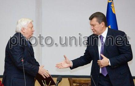 Виктор Пшонка, Виктор Янукович