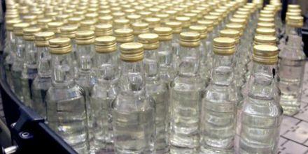 Производство водки в России падает