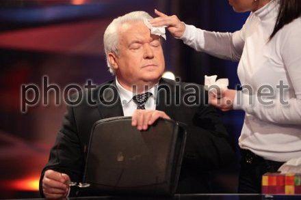 Владимир Олийнык говорит, что Тимошенко ждет политических дивидендов