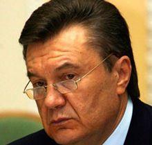 Янукович вернул закон парламенту