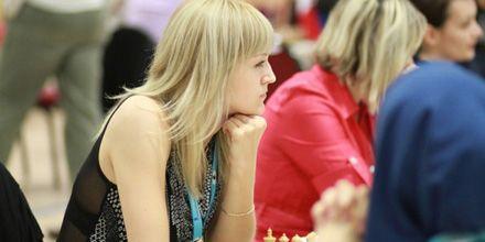 Ганна Ушеніна. Чемпіона світу, шахи