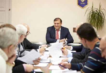 Михайло Добкін на виконкомі Федерації футболу, 18 грудня 2012