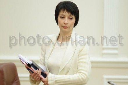 Лукаш пообещала возобновить работу реестров