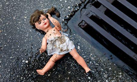 Насильник заманил девочку конфетами / Фото sannews.com.ua