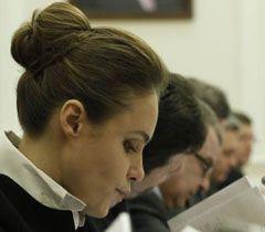 Министр социальной политики Украины Наталия Королевская на заседании Кабмина