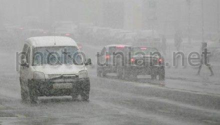 Сніг, дорога взимку