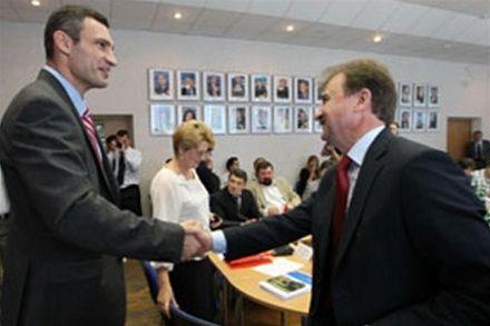 Кличко и Попов / Фото : kiyany.obozrevatel.com
