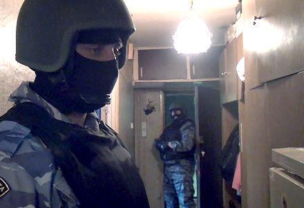 Во время обысков в ОПГ изъято 160 тыс. грн от продажи наркотиков / Фото: uvduao.ru