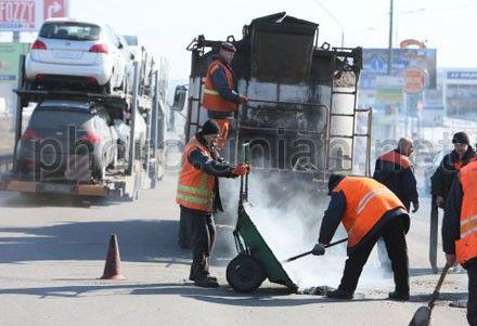 ГАИ напоминает водителям о ремонтных работах на дорогах Киева