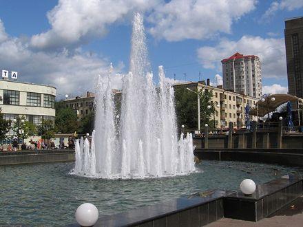 Фонтан у Харкові. Привокзальна площа