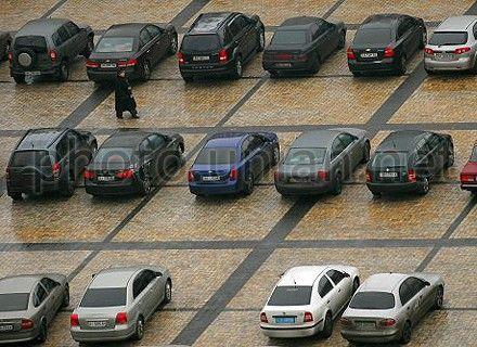Власти обещают новые места для парковки