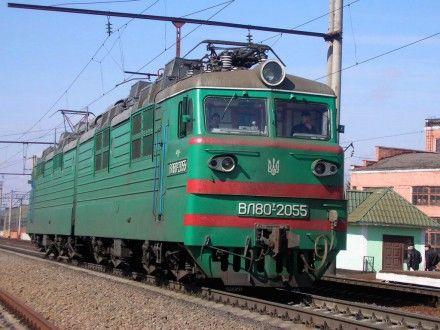 В Горловке сошел с рельсов электровоз / Фото: railway.in.ua