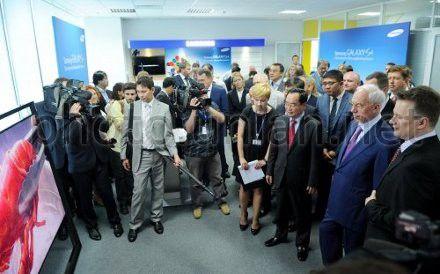 """Встреча с руководством компании """"Samsung Electronics Украина"""" в Киеве, 17 мая 2013 г."""