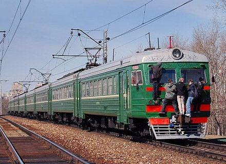дети на поезде / Фото: asfera.info