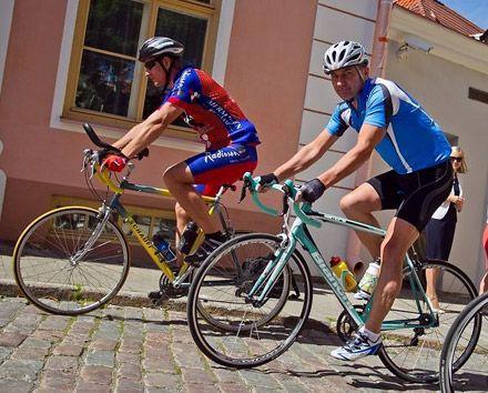 Премьер-министр Эстонии Андрус Ансип установил рекорд скорости езды на велосипеде / Фото с сайта carfactum.ru
