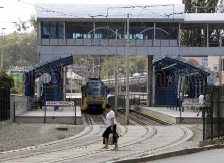 трамвай, надземный переход