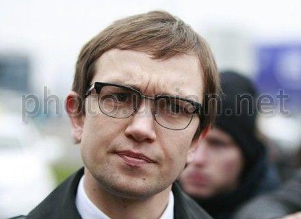 Антон Волов