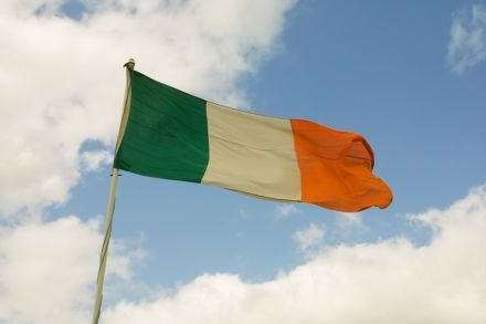 Флаг Ирландии, Ирландия / Фото : SteveFE / flickr.com
