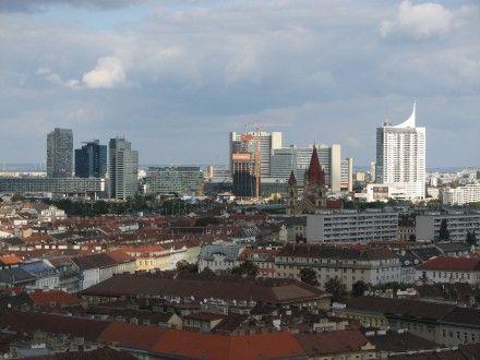 «В Вене, прежде чем строить здания в новом районе, прокладывают туда метро»