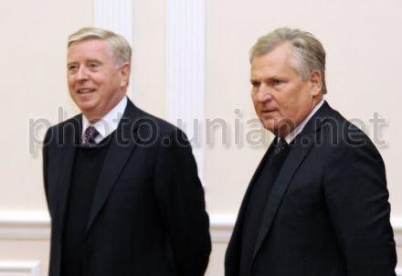 Кокс и Квасневский