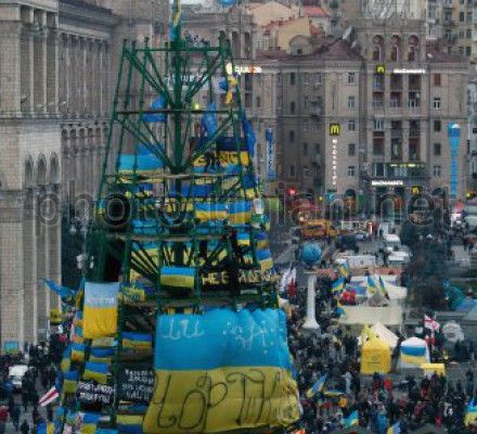 Варченко отметил, что в Киев прибыло более 40 автомобилей