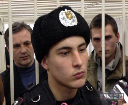 Дмитрий и Сергей Павличенко за решеткой