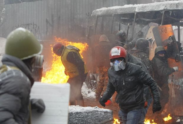 Clashes at Hrushevskogo Street have been lasting since early morning/REUTERS