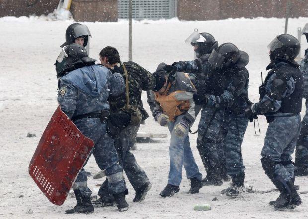 В Україні масово порушують права людини / Reuters