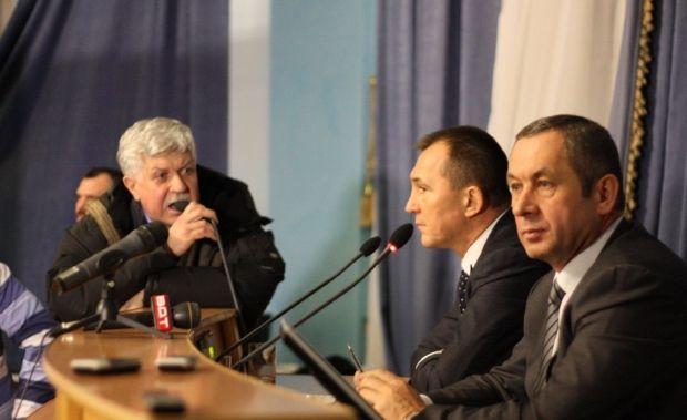 Иван Мовчан согласился выполнить большинство из требований Народной рады / Виталий Короленко / vinnitsaok.com.ua