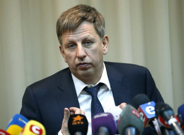 Володимир Макеєнко доручив розвозити киян наземним транспортом безкоштовно