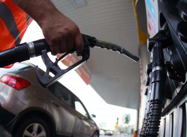 Высококачественные марки топлива больше всего подвержены валютным колебаниям