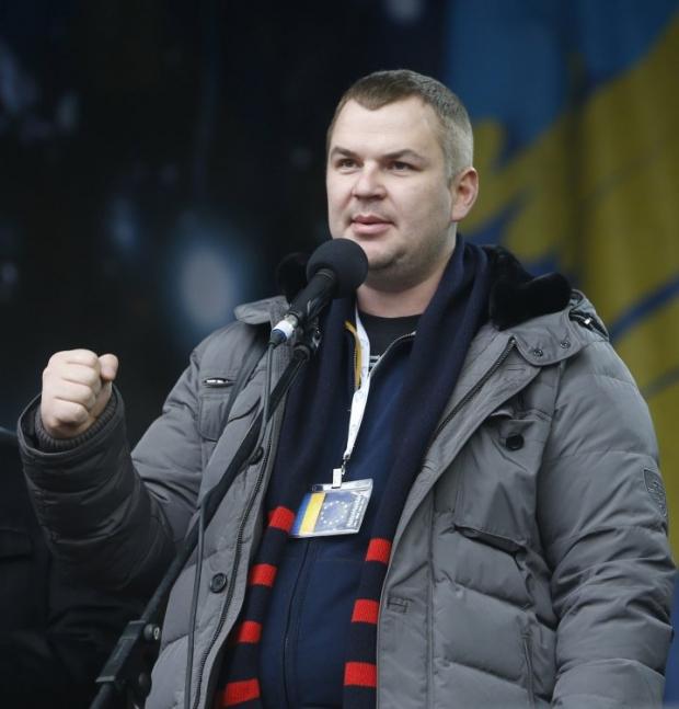 Дмитрий Булатов говорит, что не может вернуться в Украину из-за преследования