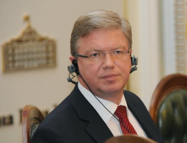 закликає Україну поважати регіональне, культурне й мовне розмаїття