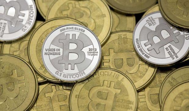 Первый в США автомат для продажи биткоинов установлен в баре Imbibe в городе Альбукерке  / REUTERS