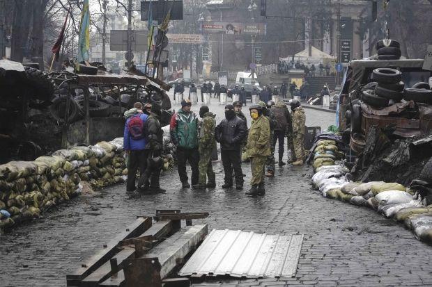 Пешеходное движение по улице Грушевского возобновлено / REUTERS