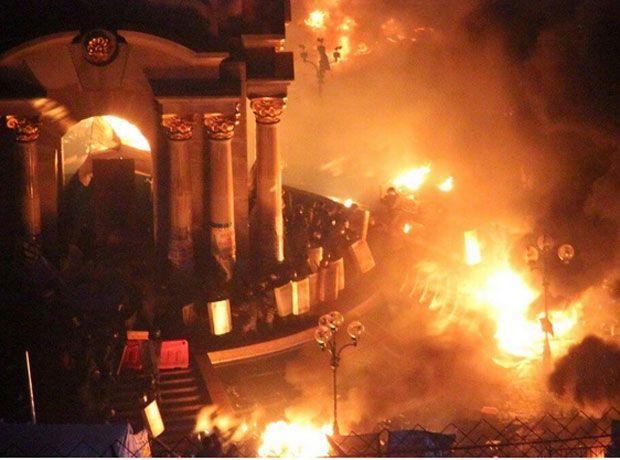 Беркут захватил часть Майдана / Kateryna Avramchuk