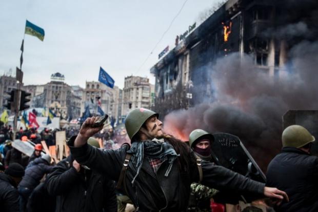 Митингующие захватили Главпочтампт