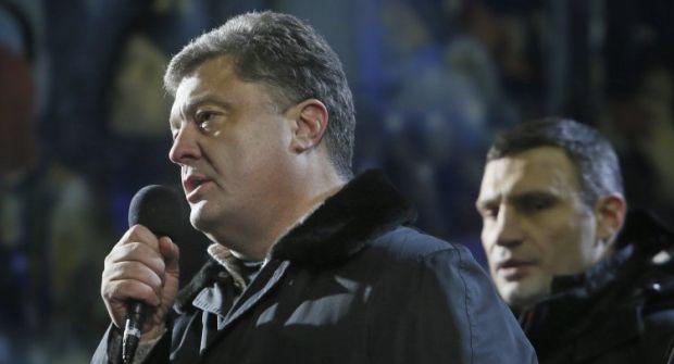 Согласно последнему опросу, Порошенко опережает Кличко в президентском рейтинге