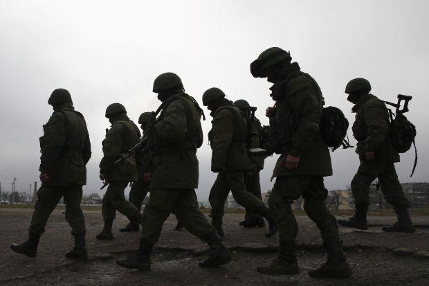 Пока Янукович давал конференцию в Ростове-на-Дону, Россия развернула кампанию по захвату Крыма / REUTERS