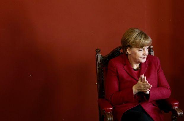 Merkel: Germany to support Poroshenko/REUTERS