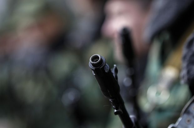 Firearm is used against Ukrainian military men in Crimea – commander of Naval Forces/ REUTERS