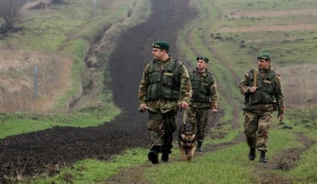 Границу Украины укрепят инженерными сооружениями / Фото УНИАН