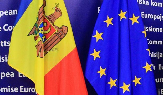 Между Молдовой и ЕС начинает функционировать безвизовый режим