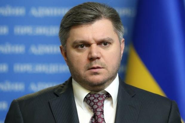 Ставицкий просит допросить его в суде, который рассматривает дело Януковича